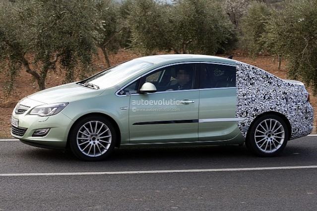 2012 - [Opel] Astra Restylée (toutes déclinaisons) [J] 656