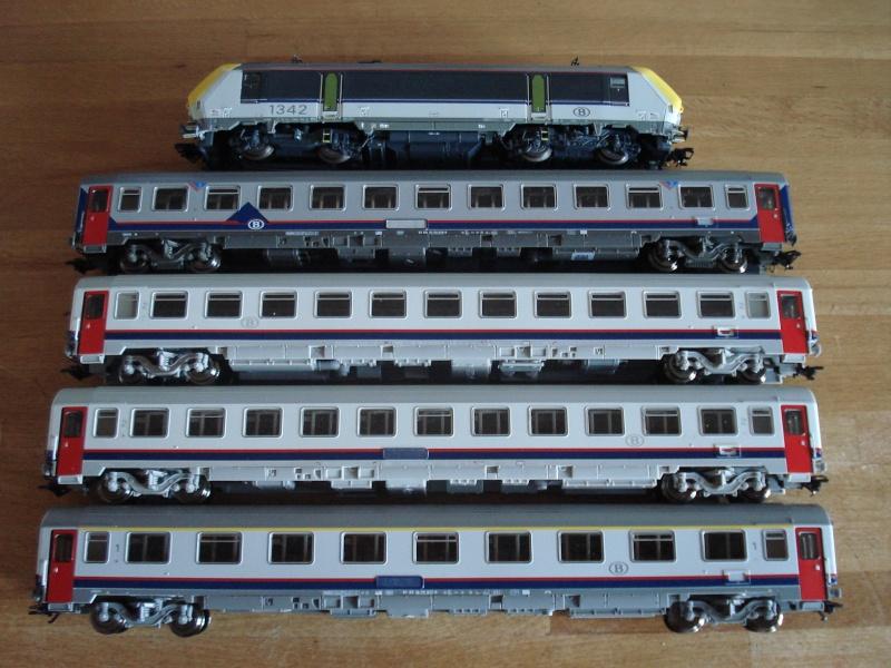 Les compositions voyageurs sur la Ligne du Nord 1980 -2011 en H0 Dsc02847