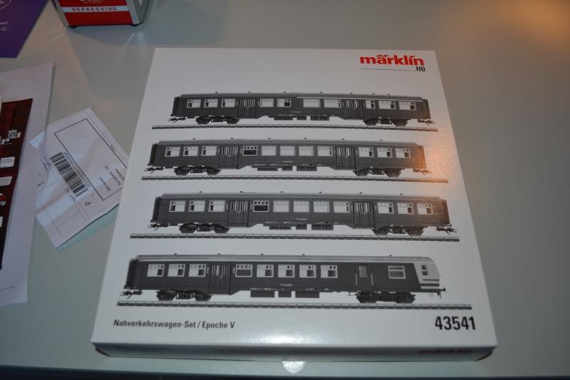 [Débriefing] Märklin 43541 = Set de voitures de banlieue ( M2 ) de la SNCB Dsc_0165