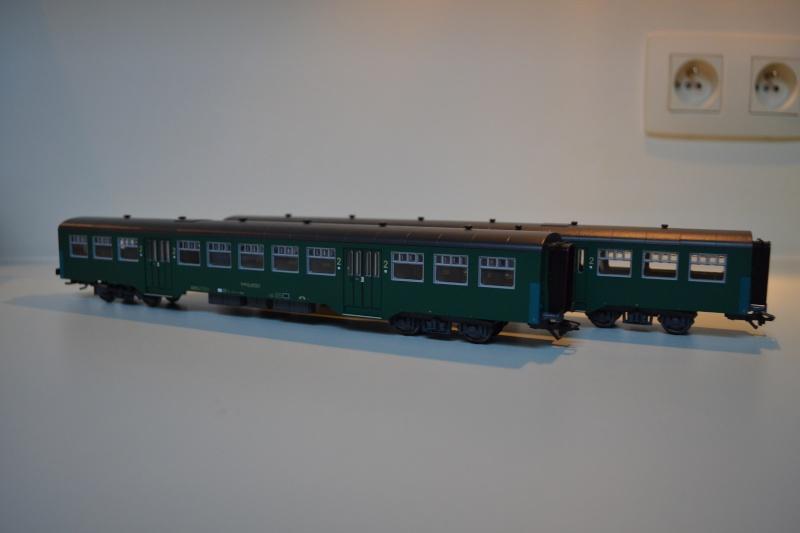 [Débriefing] Märklin 43541 = Set de voitures de banlieue ( M2 ) de la SNCB Dsc_0168