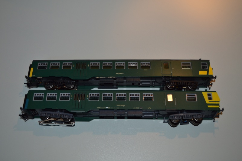 [Débriefing] Märklin 43541 = Set de voitures de banlieue ( M2 ) de la SNCB Dsc_0172