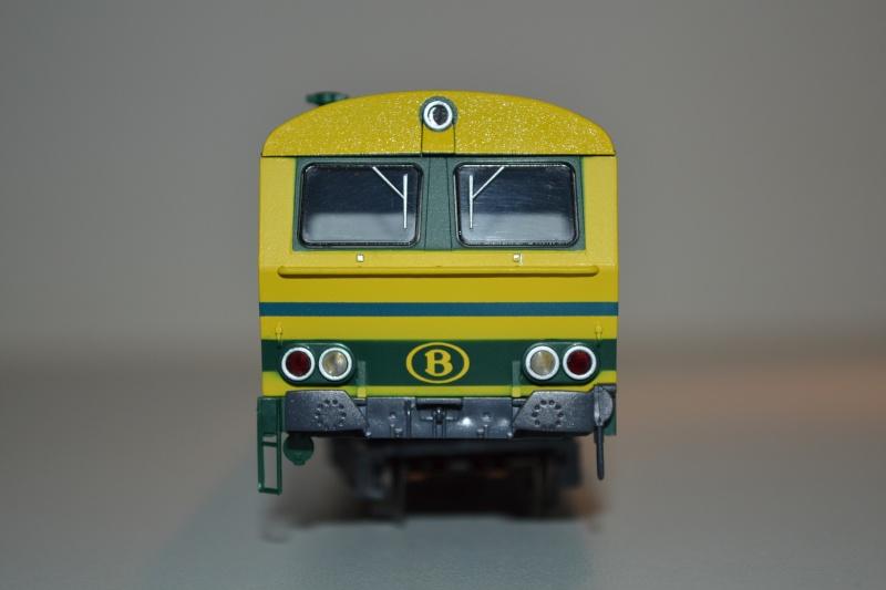 [Débriefing] Märklin 43541 = Set de voitures de banlieue ( M2 ) de la SNCB Dsc_0173