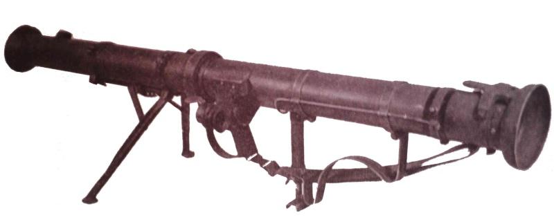 Le lance roquette U.S. M1 A1 de 2,36 pouces (60mm). P2190010