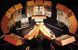 Robert Moog 23/05/1934 - 21/08/2005 Tonto11