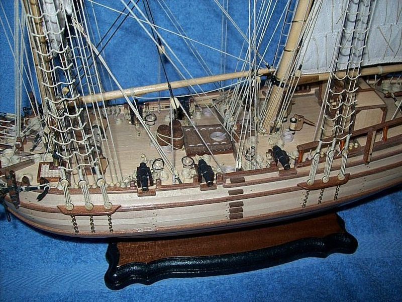 HMS Halifax 1768 (Constructo 1/35°) de sangha Halif171