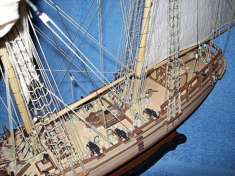 HMS Halifax 1768 (Constructo 1/35°) de sangha Halif179
