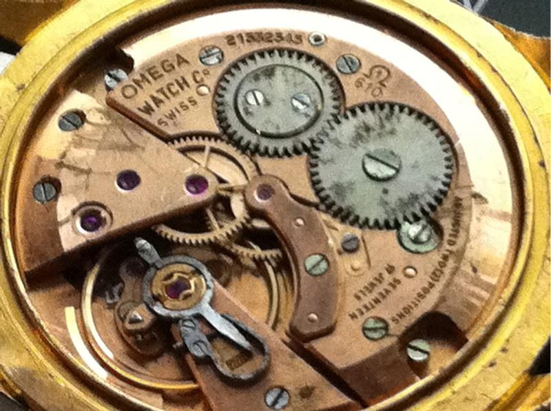 Jaeger -  [Le TOPIC des demandes d'IDENTIFICATION et RENSEIGNEMENTS de montres est ICI] - Page 21 2011-010