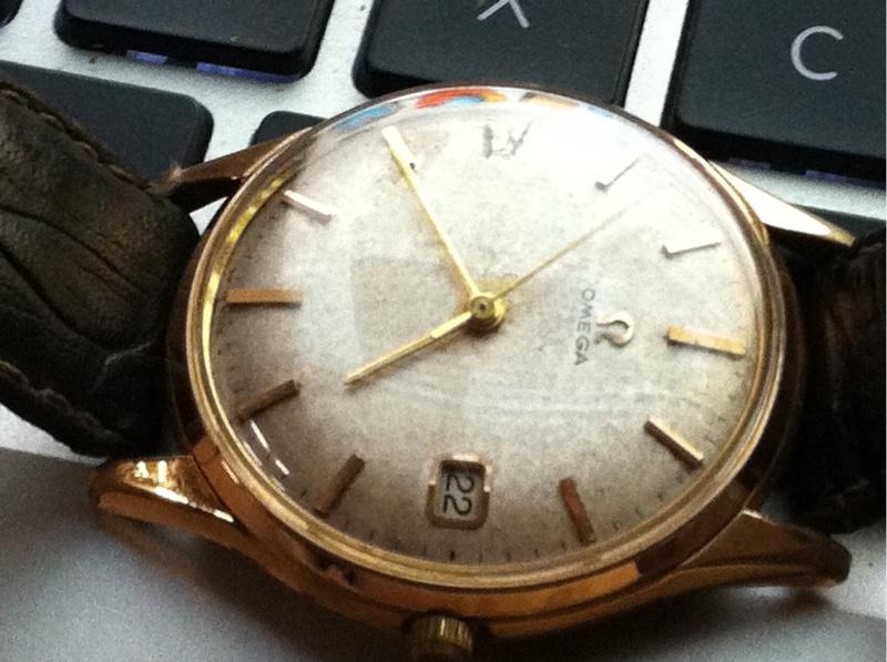 Jaeger -  [Le TOPIC des demandes d'IDENTIFICATION et RENSEIGNEMENTS de montres est ICI] - Page 21 2011-018
