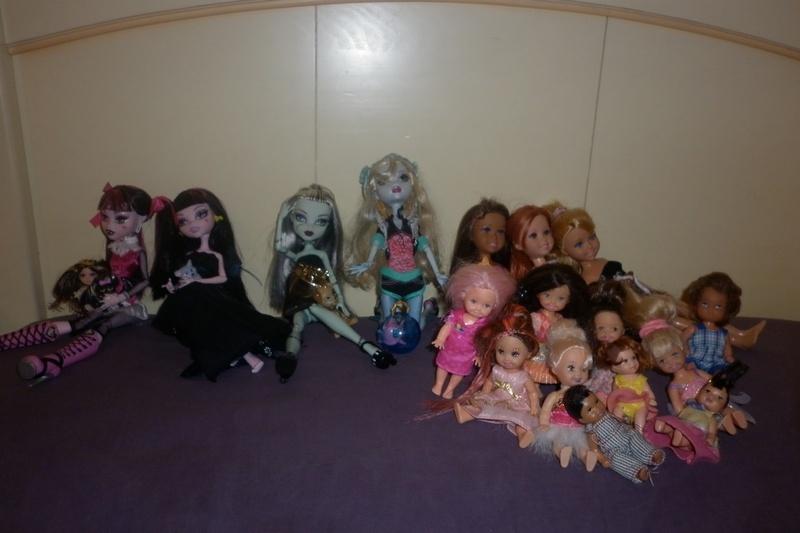 Mes petites princesses [Monster High] nouvelle photo page 2 - Page 2 P1000611