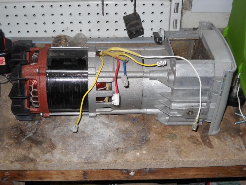 Branchement en direct d'un moteur mono. Dscn0011