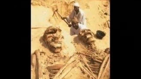 Enigmes des pierres et monuments du passé . Naphil10