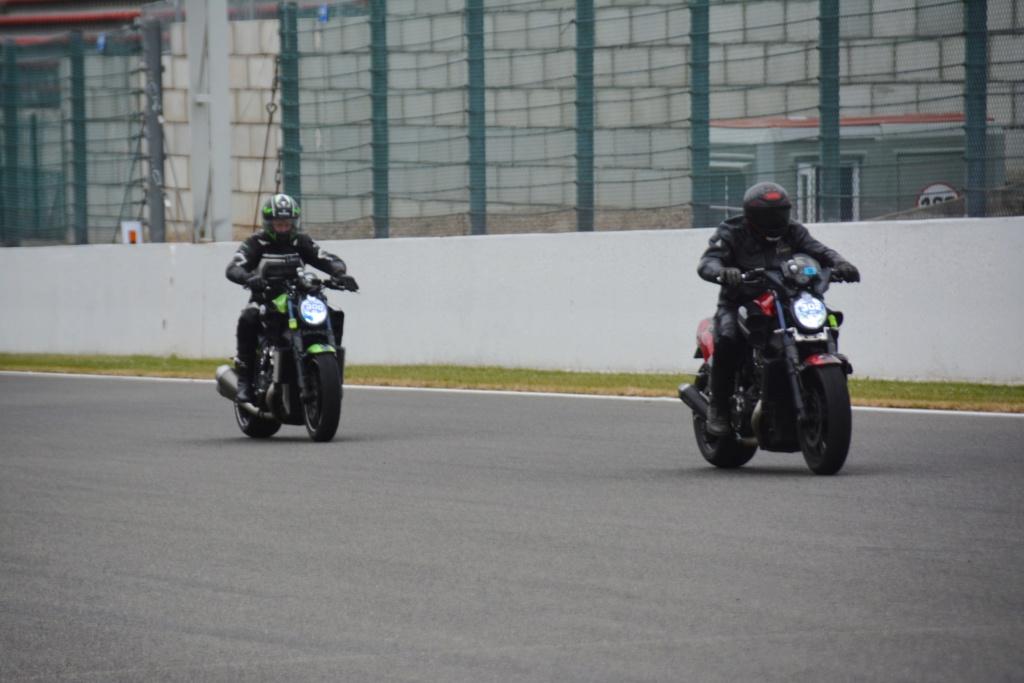 Une journée de roulage à SPA FRANCORCHAMPS  Dsc_0824