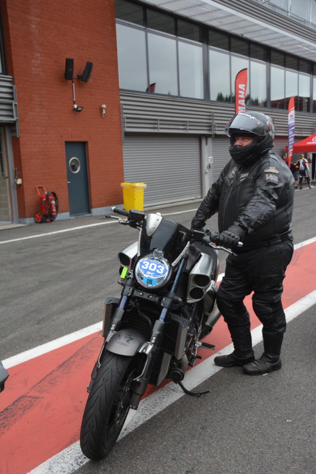 Une journée de roulage à SPA FRANCORCHAMPS  Dsc_0825