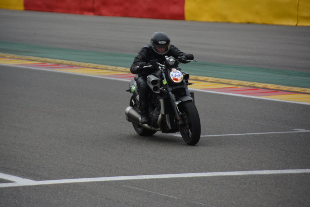 Une journée de roulage à SPA FRANCORCHAMPS  Dsc_0937