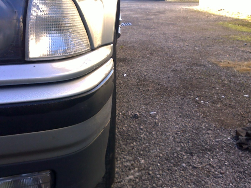 [ bmw E36 316i M43 an 1995 ] Roue AV plus droite / choc avec trottoir    11112027