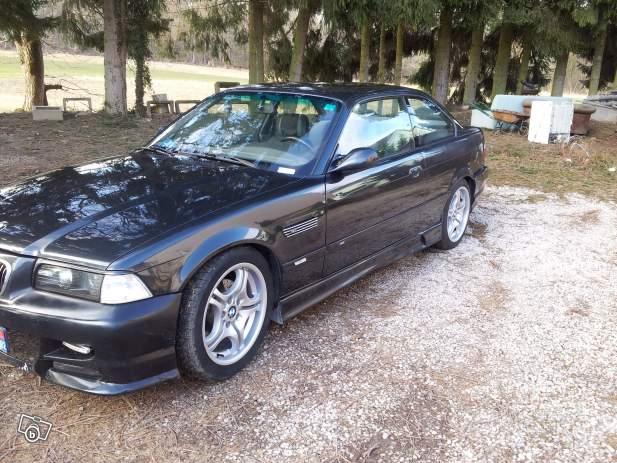 [BMW 318 is E36] Monter des ailes avants de M3 E46 32446811