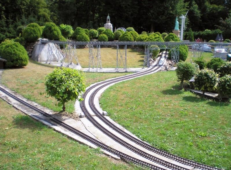 Mini-Born-Park Owschlag - Außenanlage in Spur IIm mit berühmten Gebäuden in 1:25 20060725