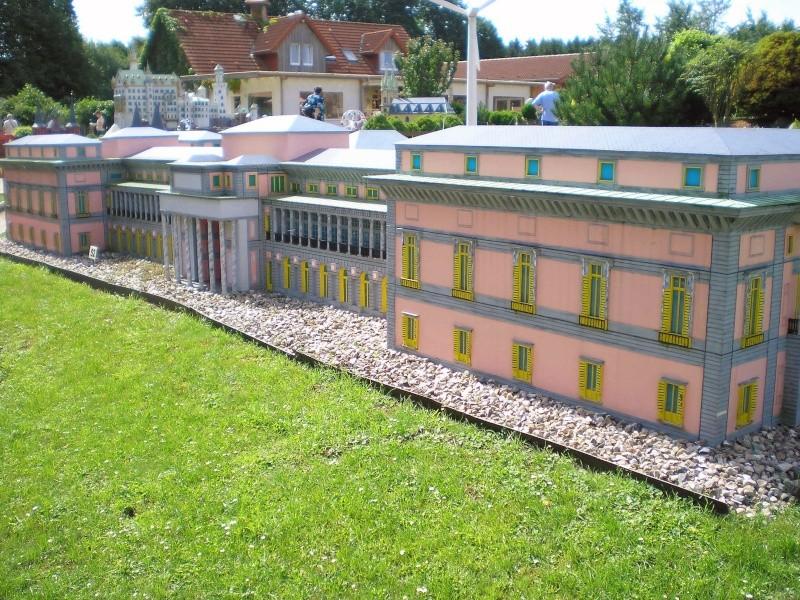 Mini-Born-Park Owschlag - Außenanlage in Spur IIm mit berühmten Gebäuden in 1:25 20060762