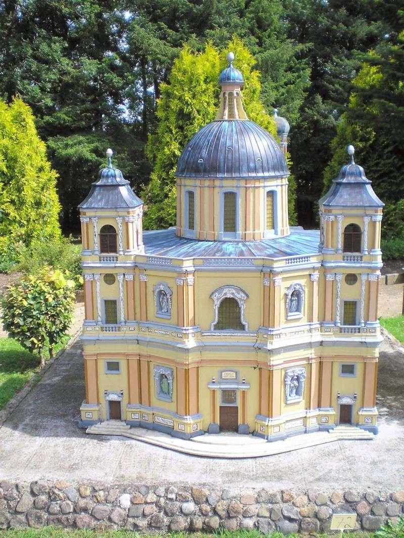 Mini-Born-Park Owschlag - Außenanlage in Spur IIm mit berühmten Gebäuden in 1:25 20060780