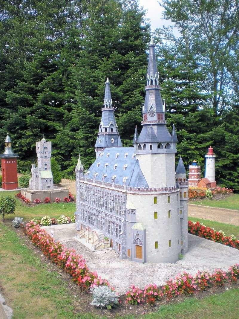 Mini-Born-Park Owschlag - Außenanlage in Spur IIm mit berühmten Gebäuden in 1:25 20060793