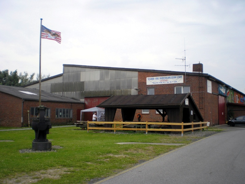 Kleines Sägewerk am Technik-Museum in Stade 20090100