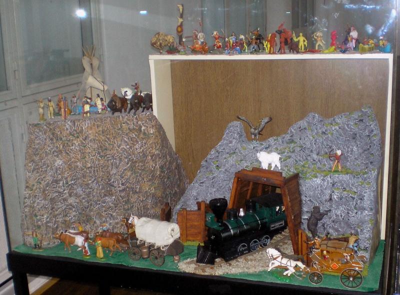Western-Dioramen für 54 - 90 mm Figuren 20090711