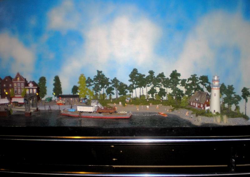 Modellbahn-Paradies Fehmarn - Innenanlagen in Spur N, H0 und IIm 20110821