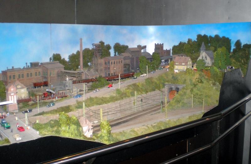 Modellbahn-Paradies Fehmarn - Innenanlagen in Spur N, H0 und IIm 20110825