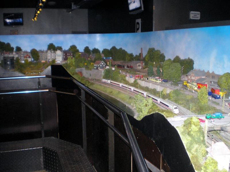 Modellbahn-Paradies Fehmarn - Innenanlagen in Spur N, H0 und IIm 20110827