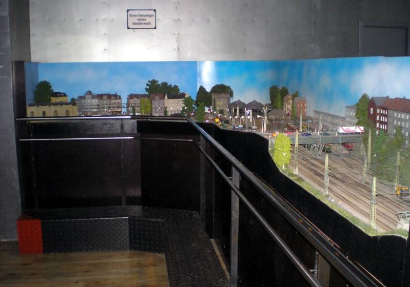 Modellbahn-Paradies Fehmarn - Innenanlagen in Spur N, H0 und IIm 20110834