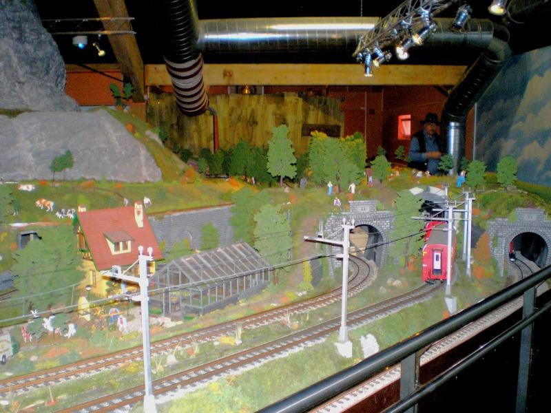 Modellbahn-Paradies Fehmarn - Innenanlagen in Spur N, H0 und IIm 20110844