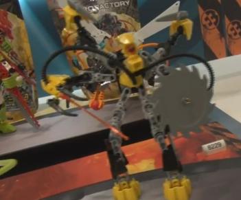 [Figurines] Les images prototypes des Hero Factory été 2012 Xt412
