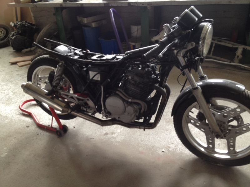 honda xbr500 cafe racer - we only have 2 months to completion Photo_11