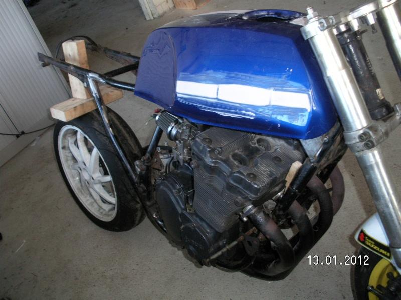 gs550 carbon fibre cafe racer Sany4714