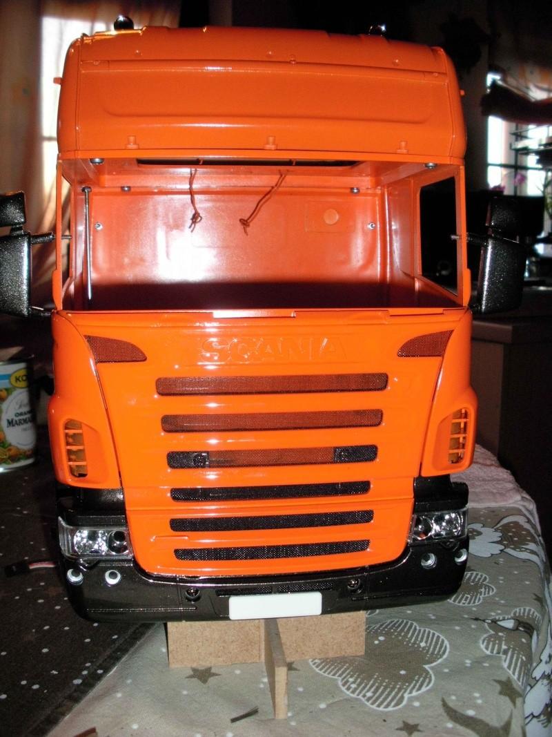 Scania Schwerlastzugmaschiene 8x4 Rimg1011