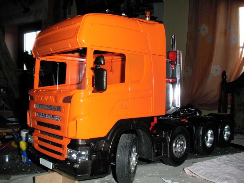 Scania Schwerlastzugmaschiene 8x4 Rimg1014