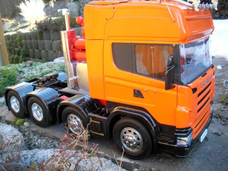 Scania Schwerlastzugmaschiene 8x4 Rimg1017