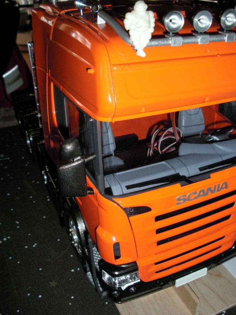Scania Schwerlastzugmaschiene 8x4 Rimg1019