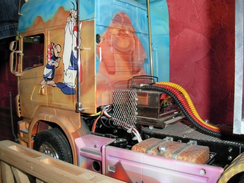 Scania Schwerlastzugmaschiene 8x4 Rimg2422