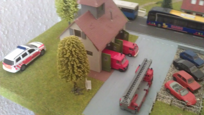 Kleine Stadt mit Feuerwache Planspiel für die Feuerwehr Imag0015