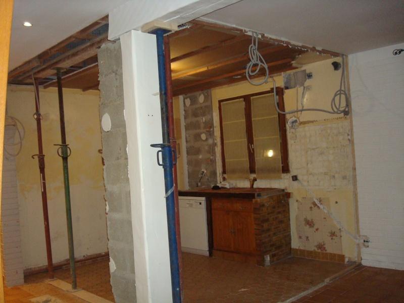 Mur porteur et poteaux de soutien Dsc04510