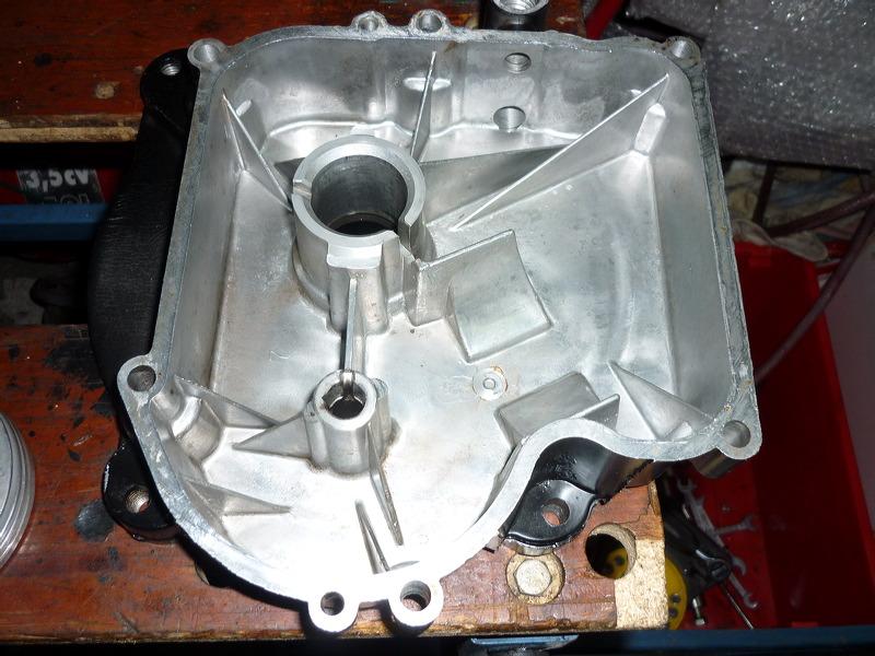 Renovation d'un brigg et stratton 11 hp P1020610