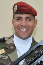 Abel Chennouf, caporal parachutiste, catholique et français, mort pour la France???? Imad_i10