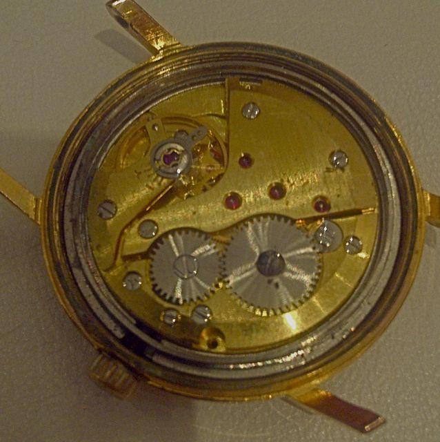 Jaeger -  [Le TOPIC des demandes d'IDENTIFICATION et RENSEIGNEMENTS de montres est ICI] - Page 39 Surtec13