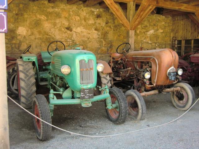 Tracteurs agricoles et véhicules de chantier 85010