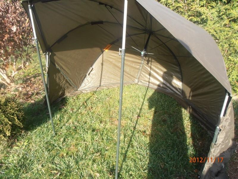 parapluie tente tnt Pb170011