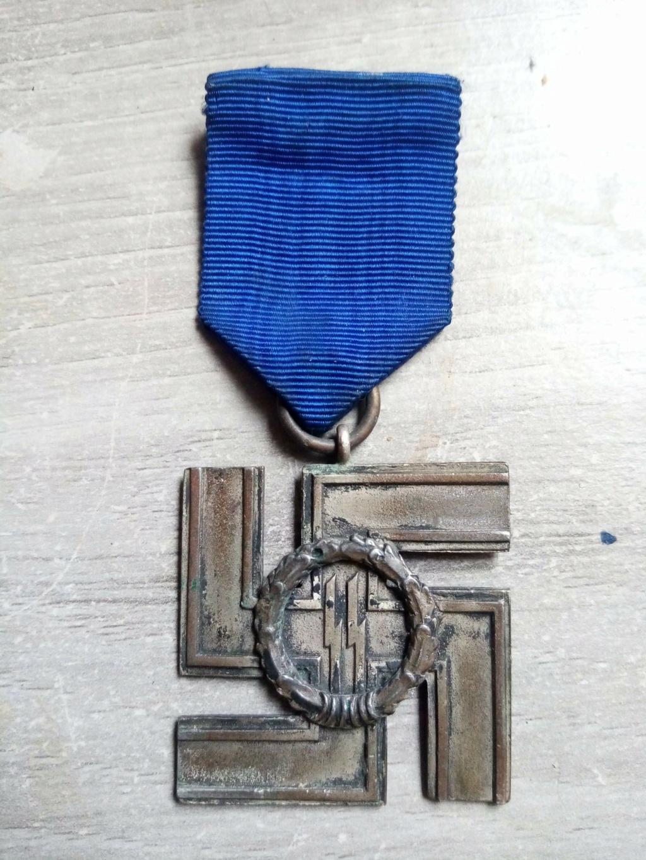 Insigne de classe II pour service de 12 ans dans la SS Receiv18