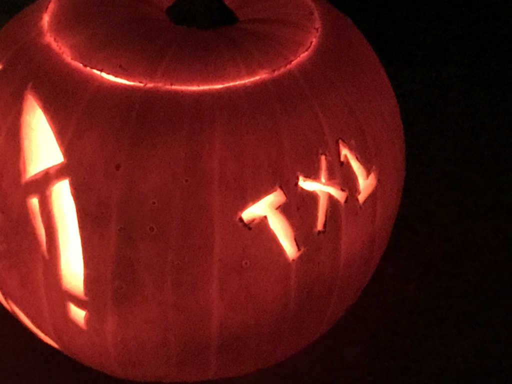 THE 3rd ANNUAL TXI STAR WARS PUMPKIN CARVING CONTEST 8488be10