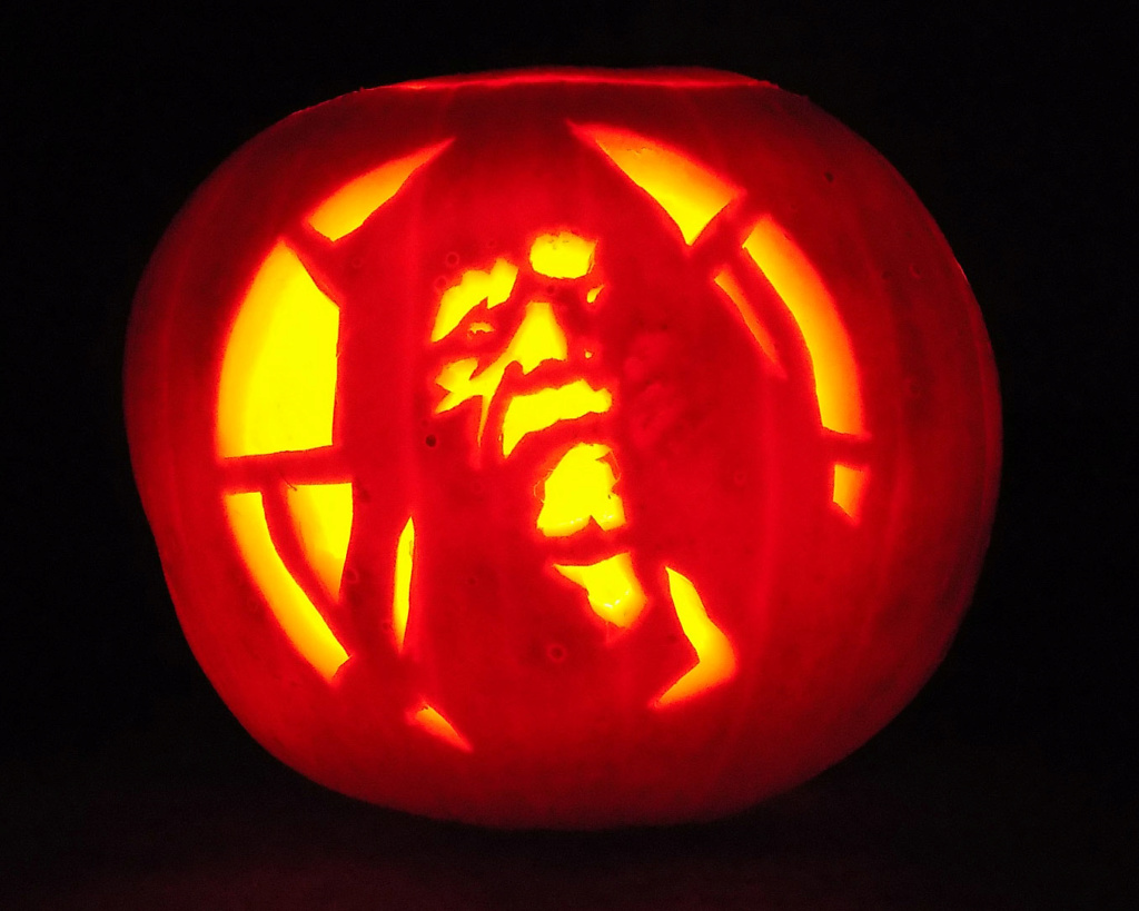 THE 4th ANNUAL TXI STAR WARS PUMPKIN CARVING CONTEST Image72