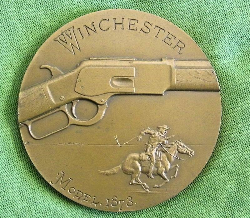 Médaille centennaire de la mort de Oliver Winchester Mzodai14